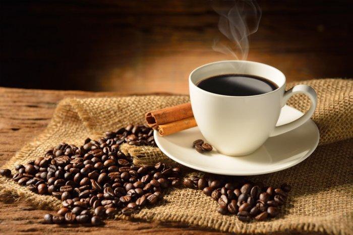 Постер чашка кофе и кофейные зерна